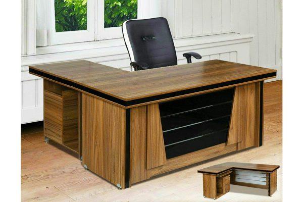 میز مدیریتی الوند